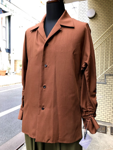 ETHOSENS(エトセンス)/Gather up sleeve shirt/Red brown