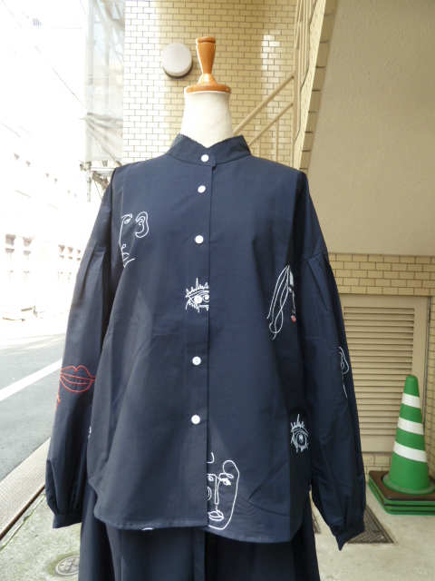 MR.LARKIN:POPPY SHIRT(NAVY W MUSE EMBR)
