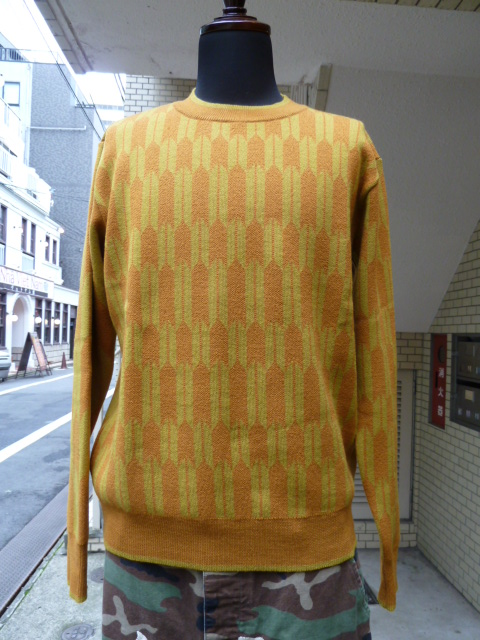 votole:IKAT PATTERN CREW NECK SWEATER (OR)